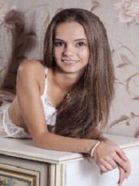 Красотка Полина из Ивни